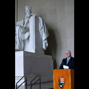 RADM Carey Speaking at The Lincoln Memorial 2009